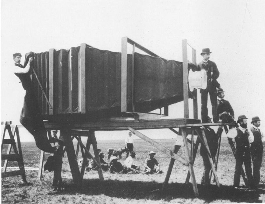 George R. Lawernce giant camera